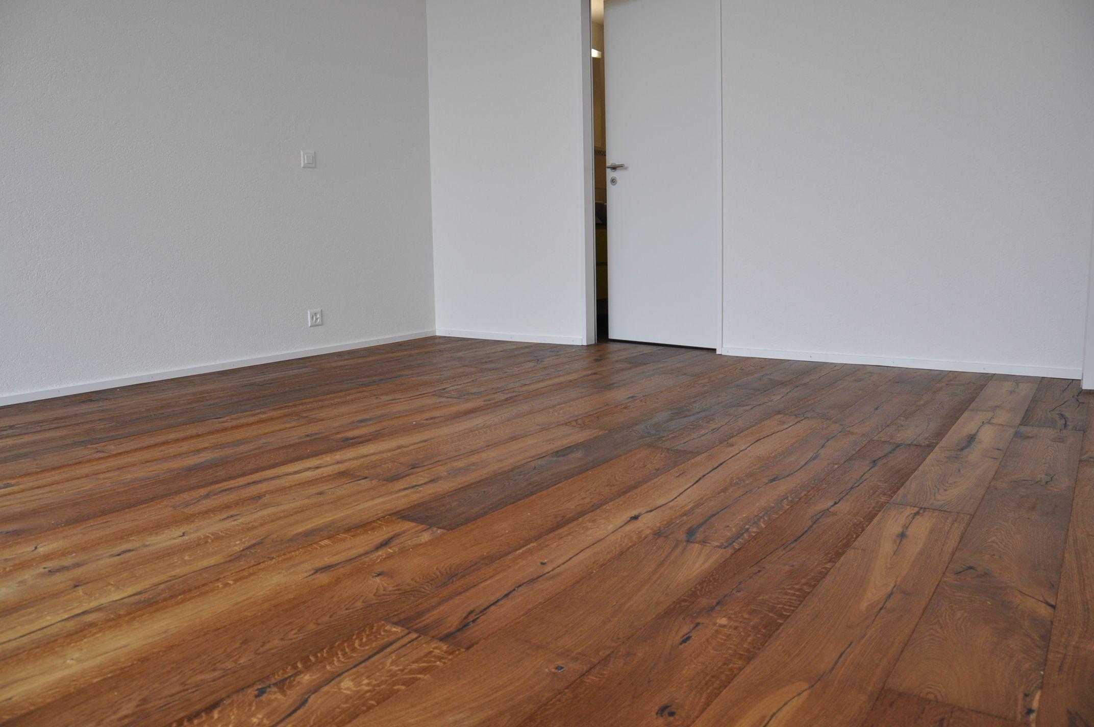 parkett eiche ge lt leutenegger ag. Black Bedroom Furniture Sets. Home Design Ideas